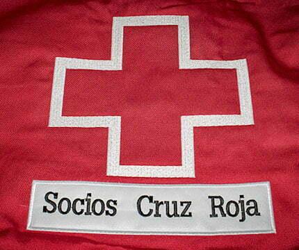 ropa de trabajo personalizada cruz roja