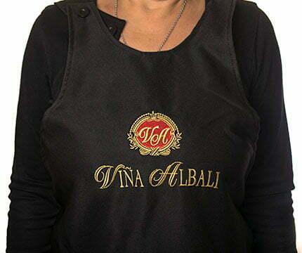 ropa de trabajo personalizada delantal viñalbali
